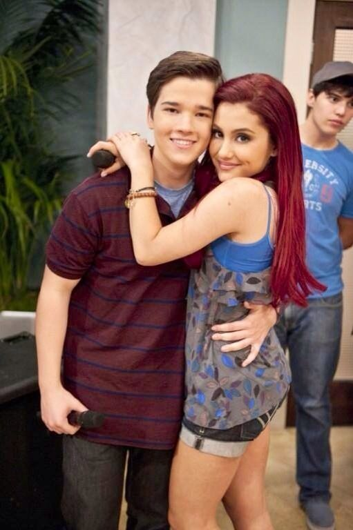Ariana Grande And Nathan Kress! Love Them Together!