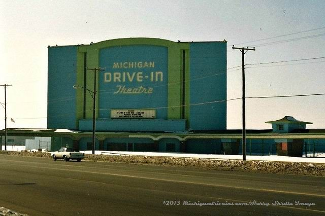 michigan tourism theaters auto racing motels lakes resorts