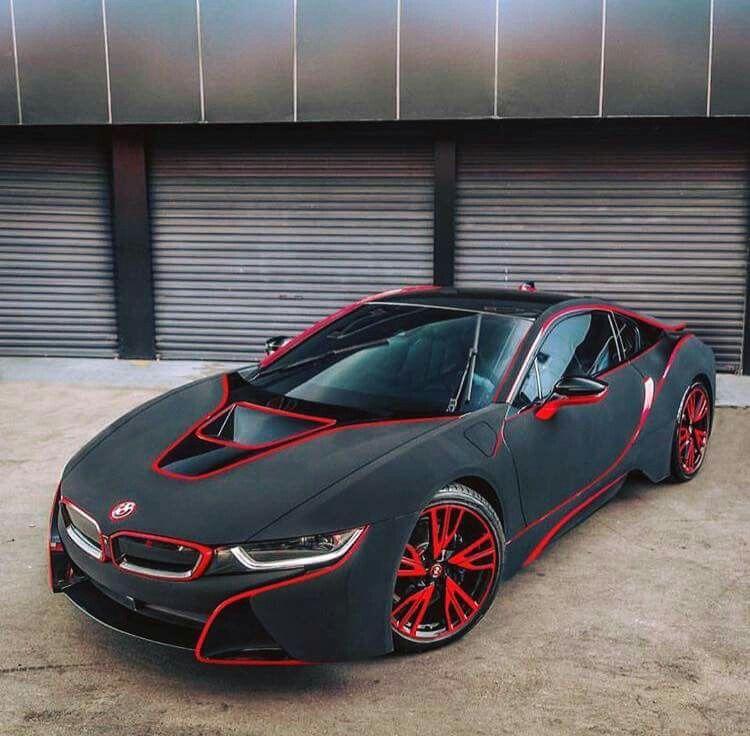 Beau BMW I8 Black