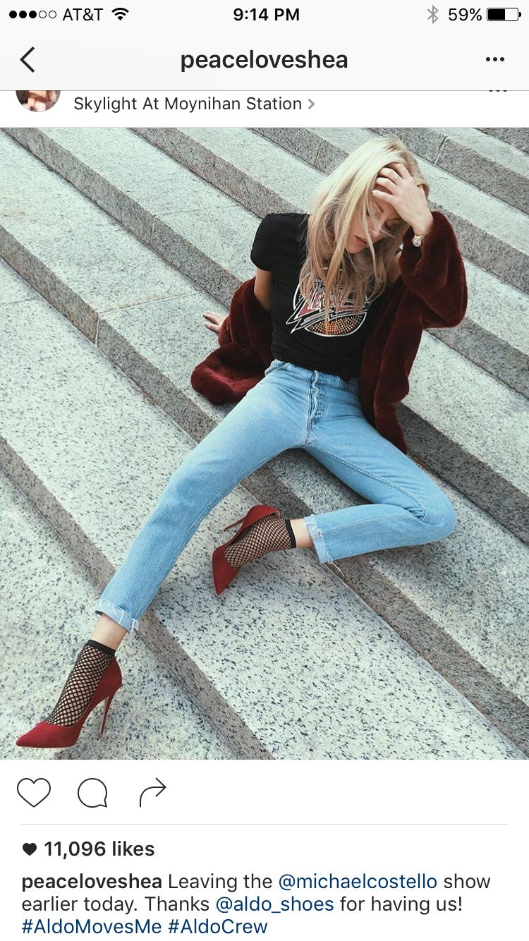 227c57ba9da86 Fishnet And Jeans, Fishnet Ankle Socks, Fishnet Outfit, Fishnets With Jeans,  70s