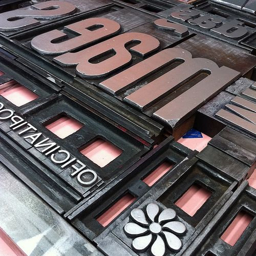 Oficina Tipografica Sao Paulo Typography Eyeshadow Design