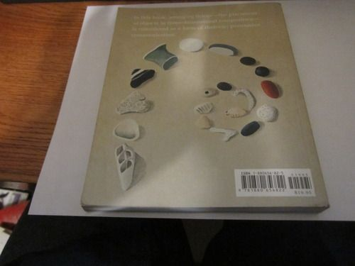 Arranging Things: A Rhetoric of Object Placement: Leonard Koren, Nathalie du Pasquier: 9781880656822: Amazon.com: Books