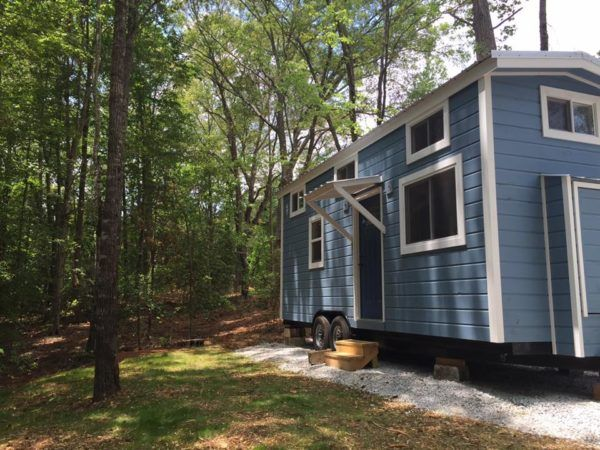 tiny house woman s tennessee tiny home in sc for sale tiny houses rh pinterest com