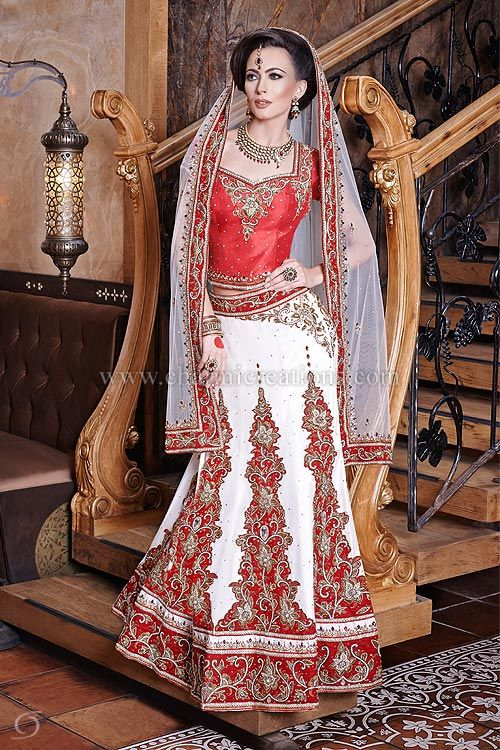 Indian bridal dresses in red and white wedding