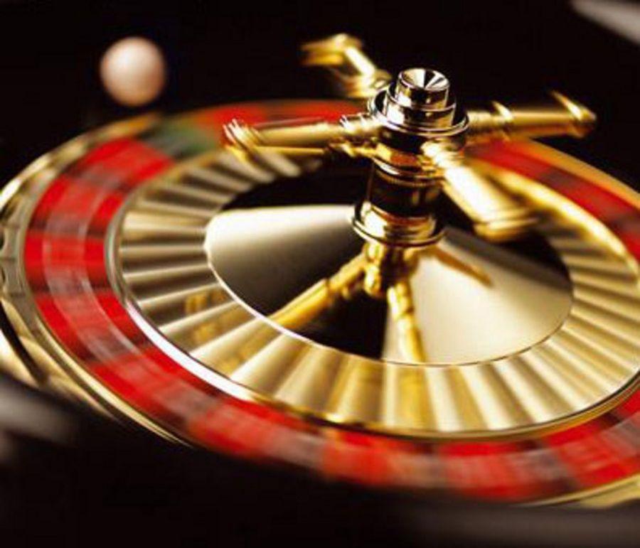 Pelata helmi kasinommen