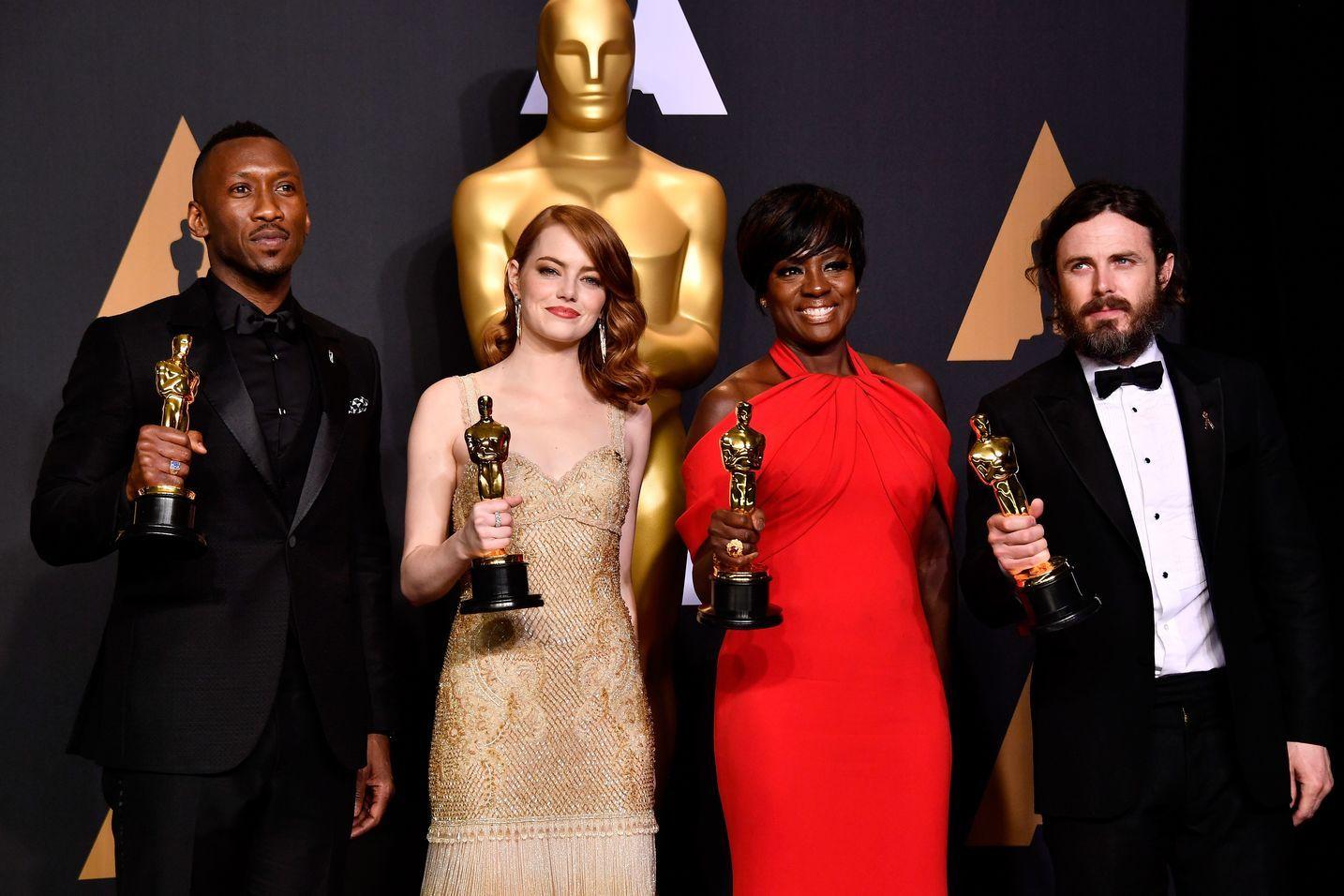 Oscars 2017: The Winners | Academy Awards - 2018 Sam&Cait