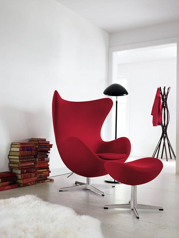 d nisches design m bel von arne jacobsen unterhaching au enm bel und rot. Black Bedroom Furniture Sets. Home Design Ideas