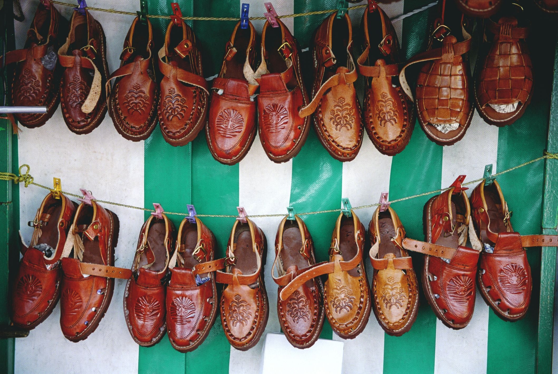 How to fix patent leather shoes patent leather shoes