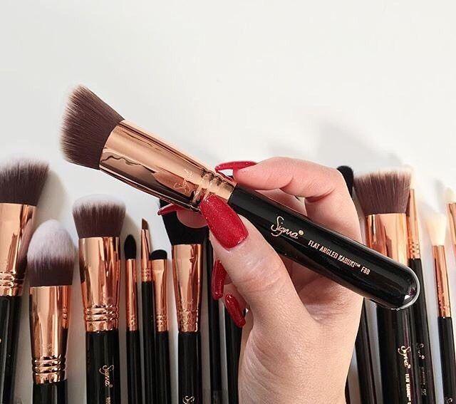 4370dccd3 Brochas de Sigma Beauty para un maquillaje Perfecto | Cerdo ...