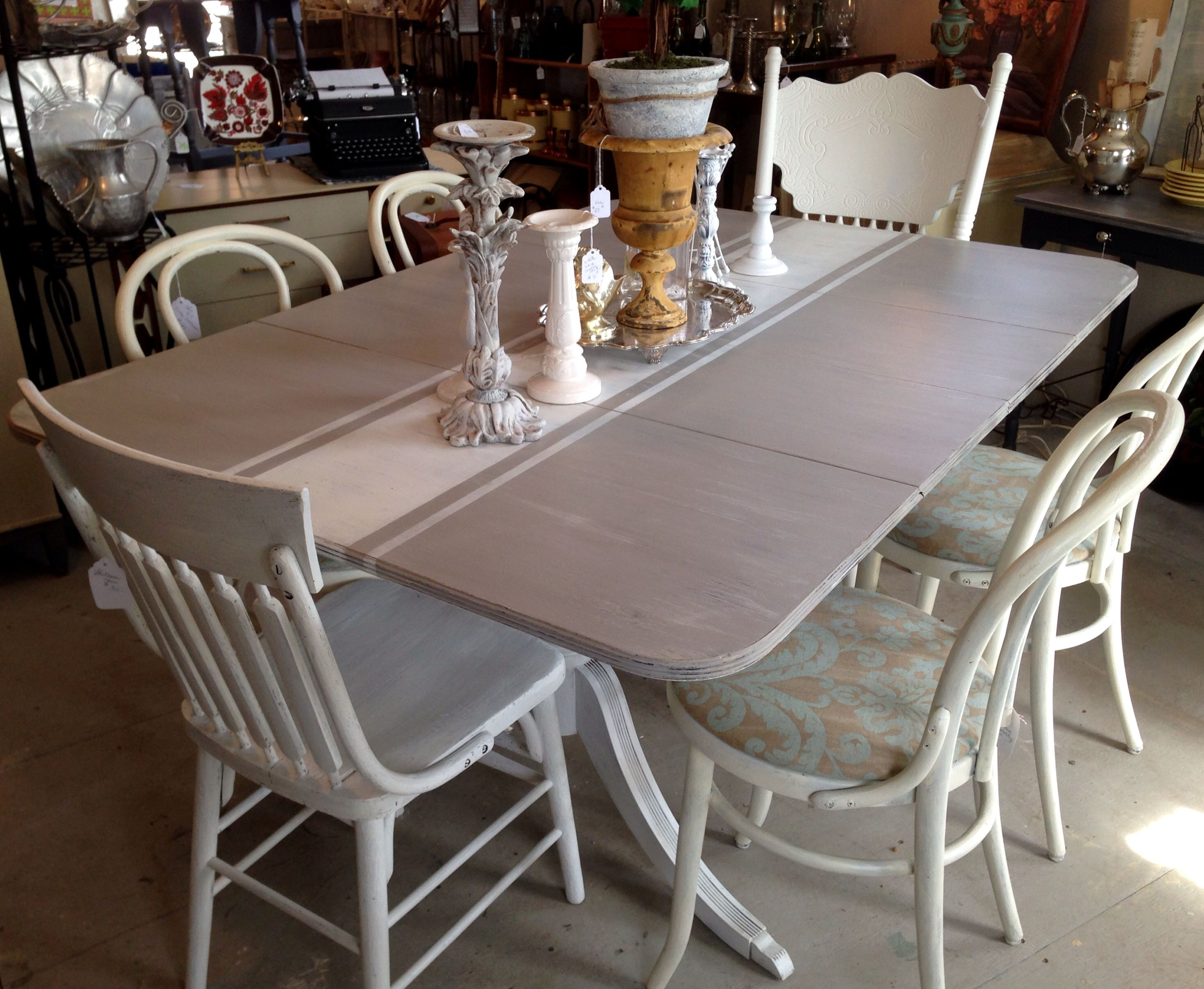 Paint treatment on a 40\'s Duncan Phyfe drop leaf dining table, gray ...