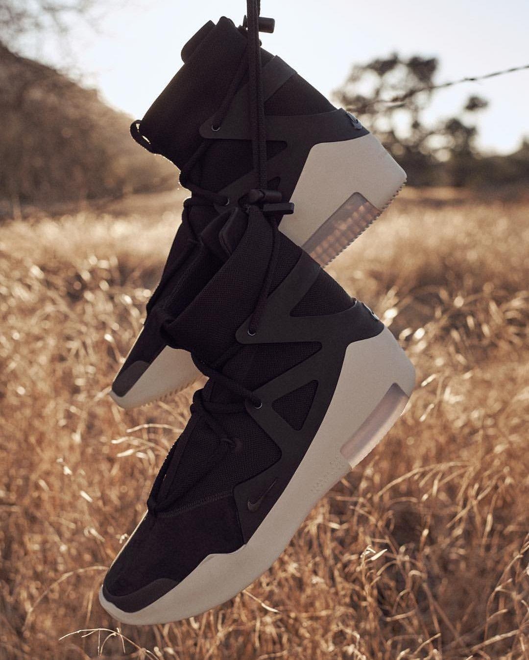 469a66d5f6704 Nike Air Fear of God 1 | Sneakers in 2019 | Sneakers nike, Sneakers ...