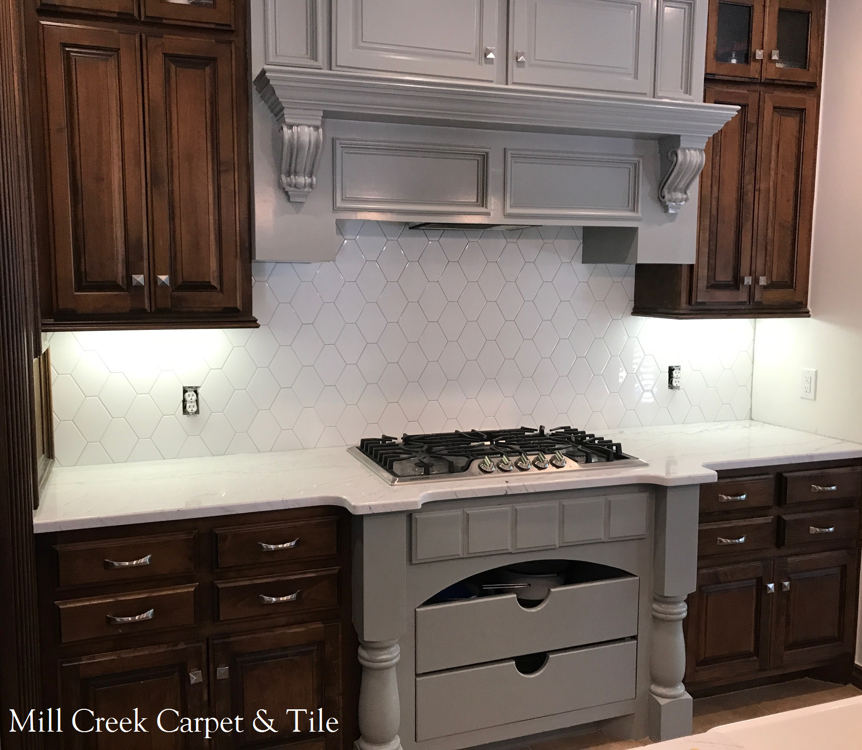 Neutral colored jumbo hex backsplash tile from arizona tile neutral colored jumbo hex backsplash tile from arizona tile contrasting cabinet colors dailygadgetfo Image collections