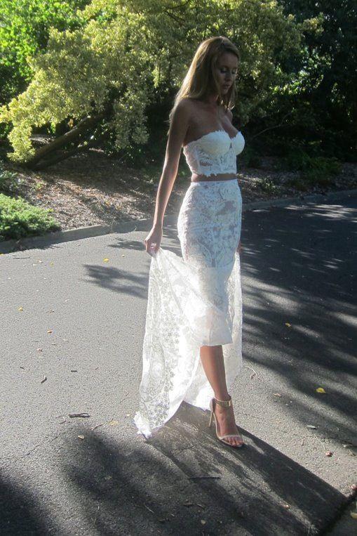 Modern 2 piece wedding gown www.nektaria.com