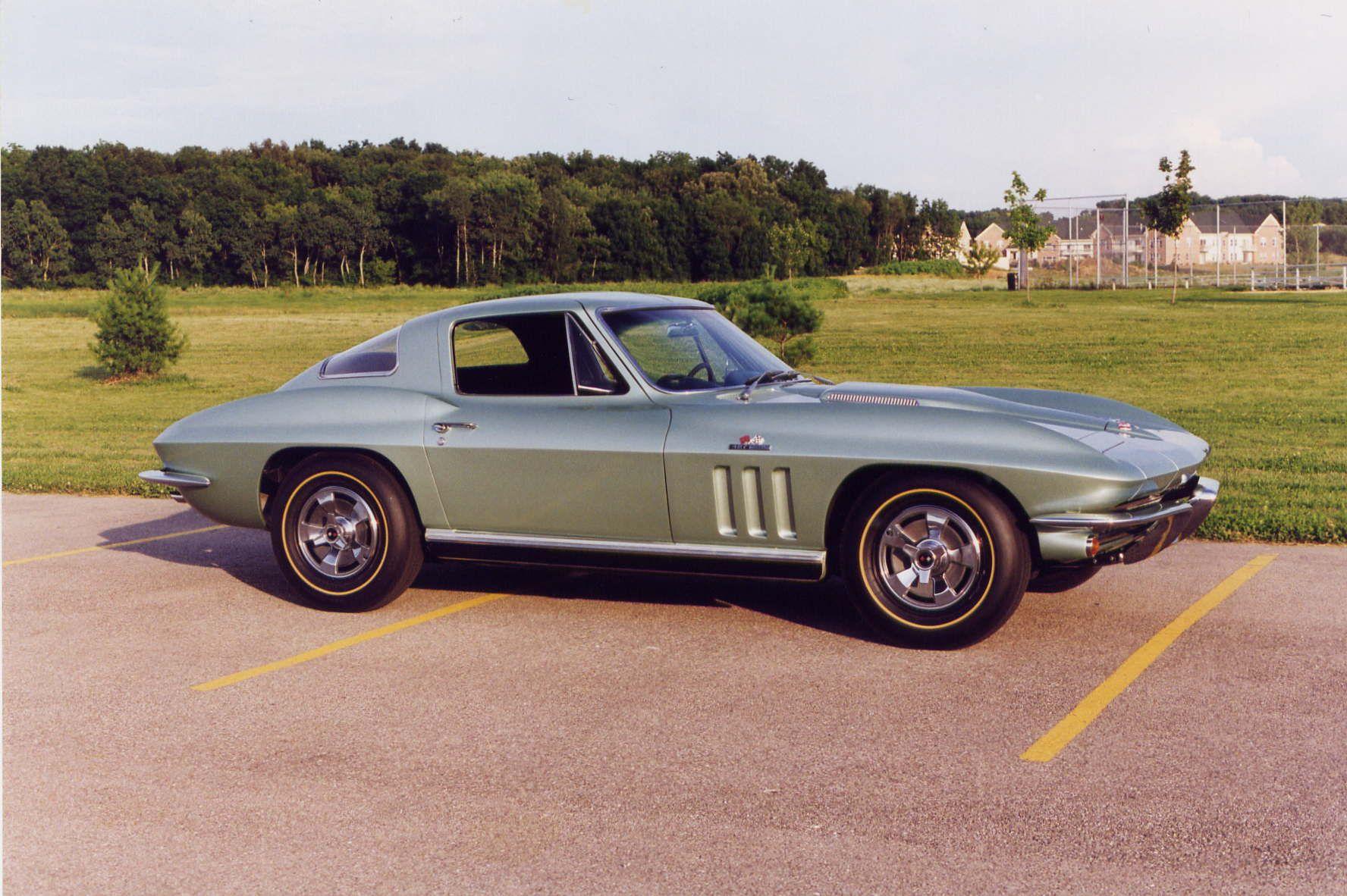 1966 mosport green corvette 427