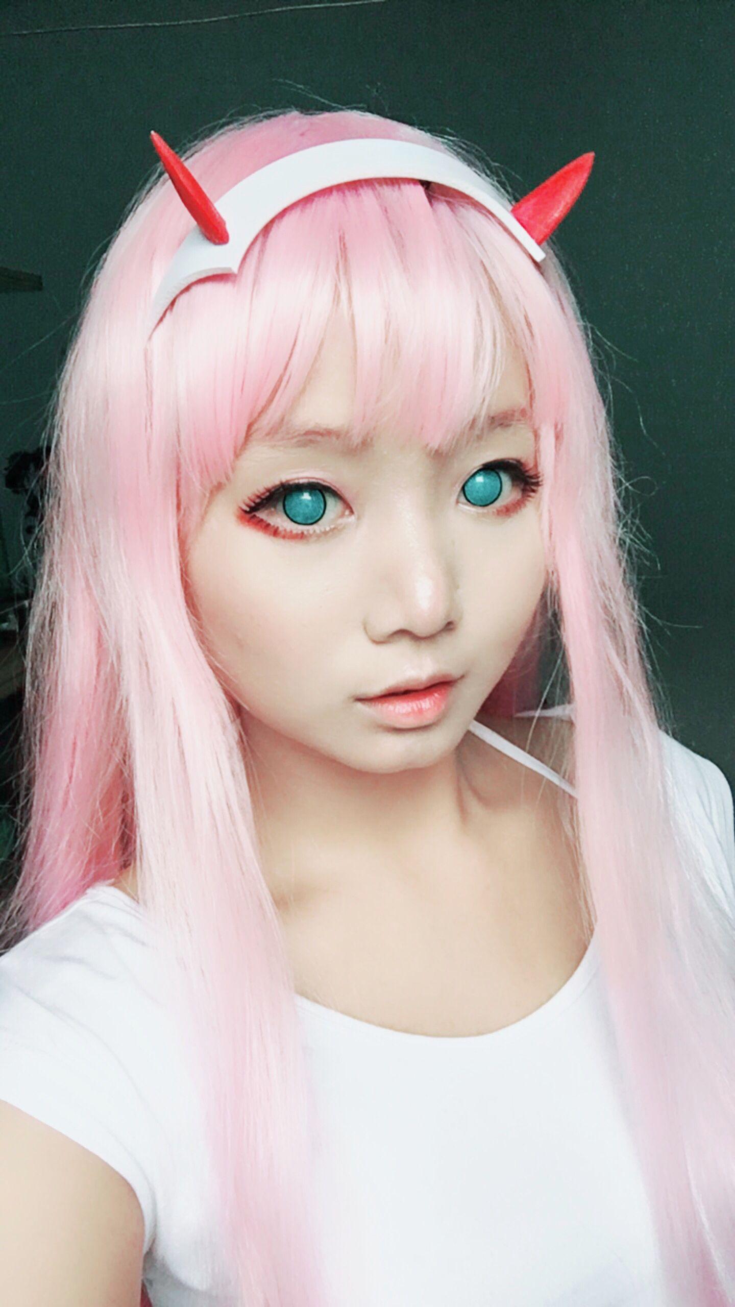 Zero Two cosplay by HazelBoaMiki   Cosplay, Cosplay makeup ...