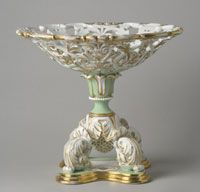 State dinner and dessert service of James K. Polk (President 1845-1849)--Fruit Stand/Made in Champroux, France, Europe c.1846--Made by Edouard D. Honoré, Champroux, France, 1824 - 1855. Imported by Alexander T. Stewart and Company, New York, 1823 - 1875. Porcelain with printed, enamel, and gilt decoration. 9 3/4 x 11 inches (24.8 x 27.9 cm)