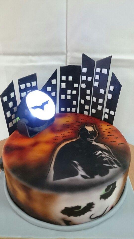 The Dark Knight Cake Batman Cake Pinterest Knight Cake - Dark knight birthday cake