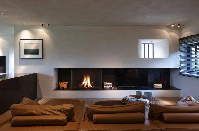 Moderne woonkamer met open haard | woonkamer ideeën | living room ...