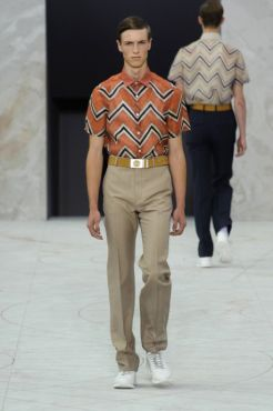 21f3a76d5dde See the best of the Louis Vuitton Spring Summer 2015 menswear collection  http   attireclub.org 2015 03 20 the-louis-vuitton-spring-summer-2015- menswear  ...