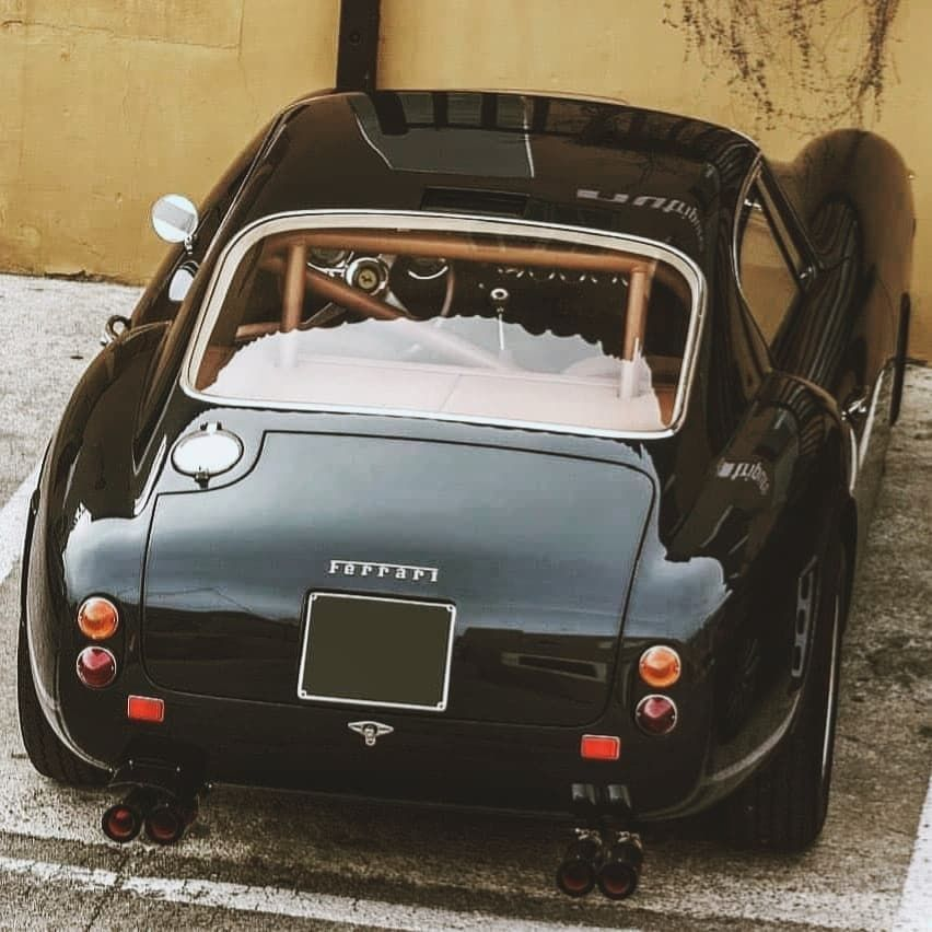 Vintage Cars Lifestyle On Instagram Lusso Ferrari 250 Gt Swb Built At Carrozzeria Scaglietti And Designed By Pininfarina T In 2020 Cars Vintage Cars Ferrari