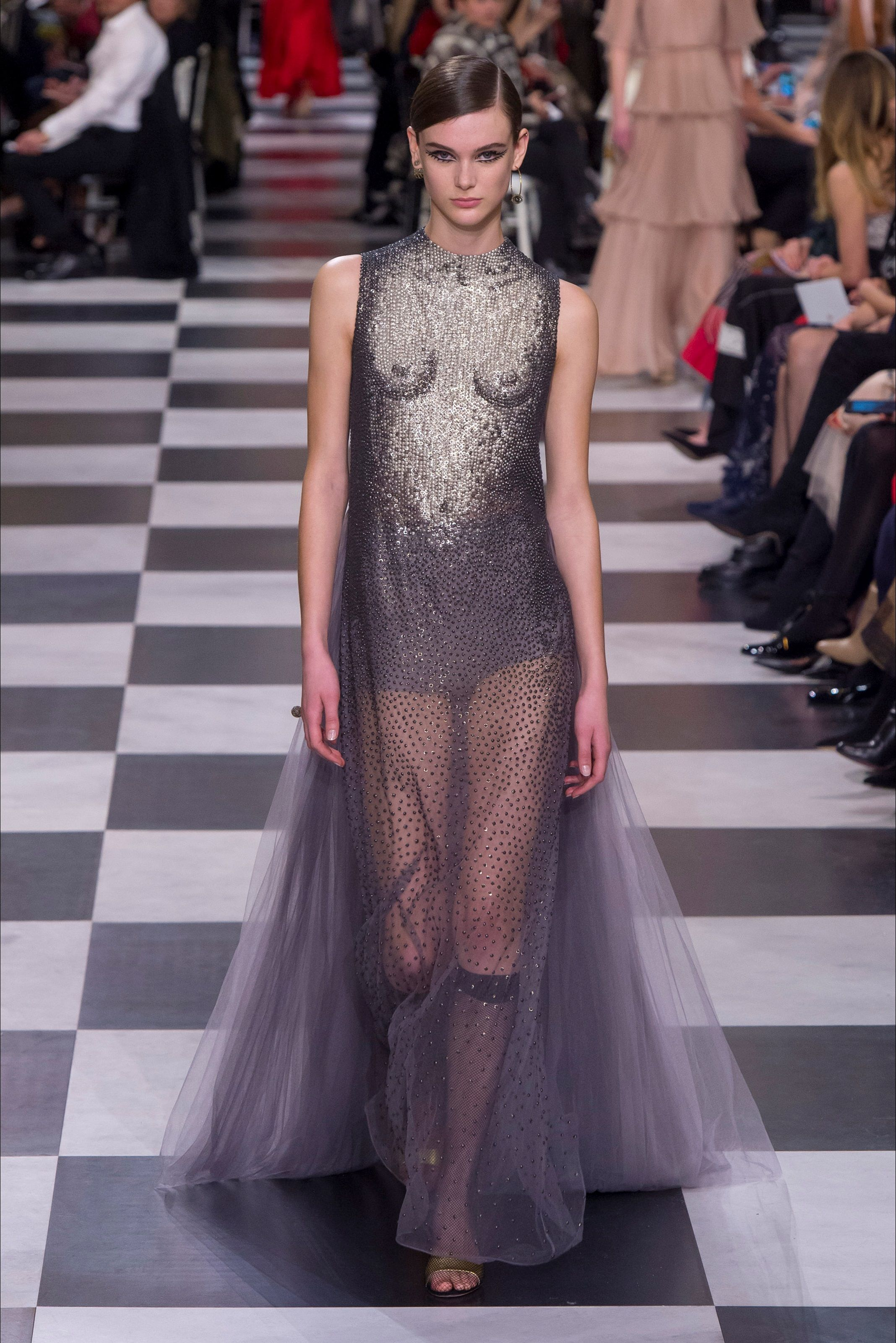 99da7b9f1b Sfilata Christian Dior Parigi - Alta Moda Primavera Estate 2018 ...