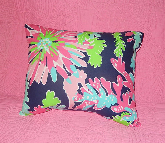 New Pillow Made With Lilly Pulitzer 40 Sippin And Trippin By Extraordinary Garnet Hill Decorative Pillows