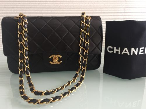 "Auth Vintage CHANEL 9"" Black Quilted Lambskin Gold Chain Classic Double Flap 333572aee22be"