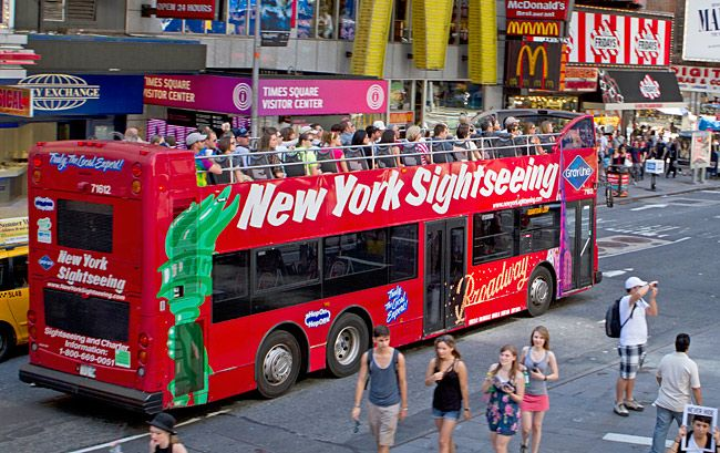 Ultimate Guide To Nyc Bus Tours 8 To Book Now New York City Tours New York City Travel Nyc