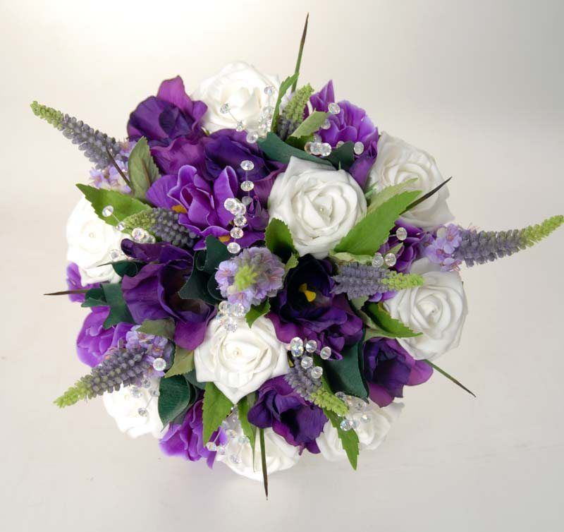 White And Purple Wedding Flowers 163 800x754