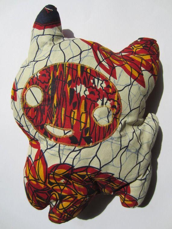 Coussin Chat tissu Wax africain beige rouge et jaune (envoi 0€)