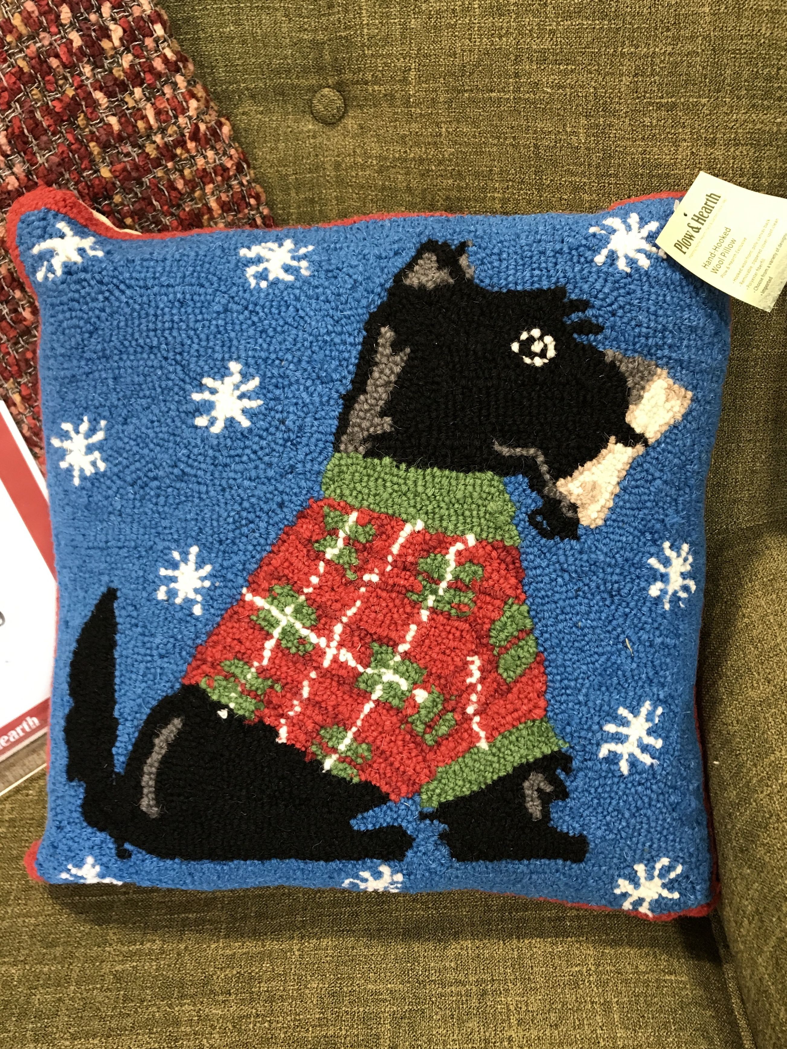 Snow Scottie Knit Pillow Found Plow And Hearth Outlet Scottie