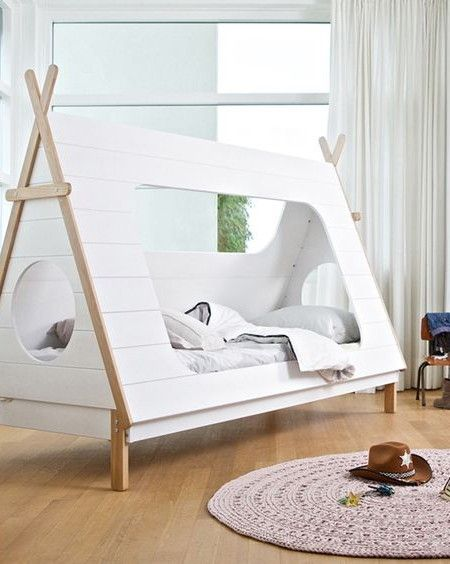 ma chambre cabane inside closet enfants pinterest lit cabane lit enfant et lit. Black Bedroom Furniture Sets. Home Design Ideas