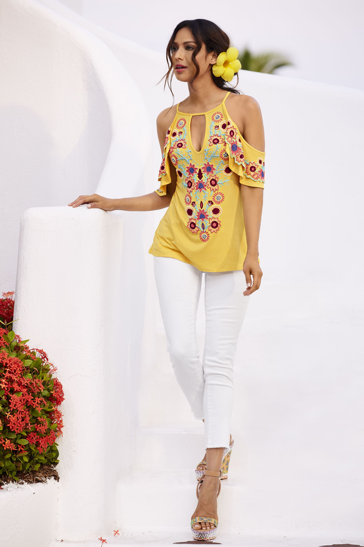 56c8f558412ec2 Floral Tops