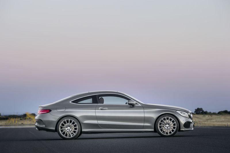 erste offizielle bilder des neuen c-klasse coupés #c205 | pinterest
