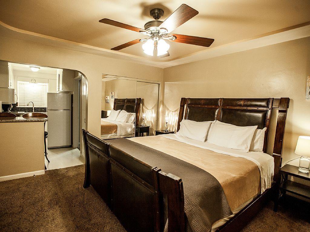Studio vacation rental in La Jolla, San Diego, California