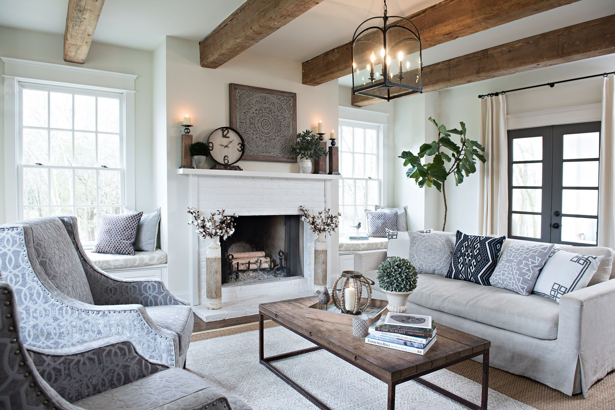 Pin by Laura Arras George on Decorating | Pinterest | Tv placement ...