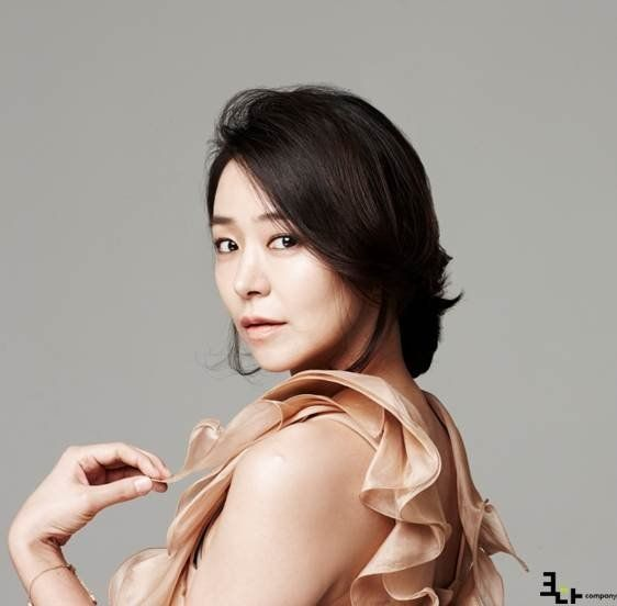 Shim Yi Young Becomes Joo Sang Wook S Sister In Law In