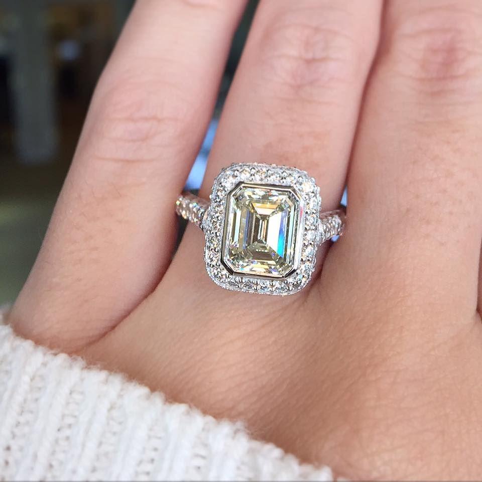 Tacori Engagement Rings RoyalT Halo Setting 1.77ctw | Emerald cut ...