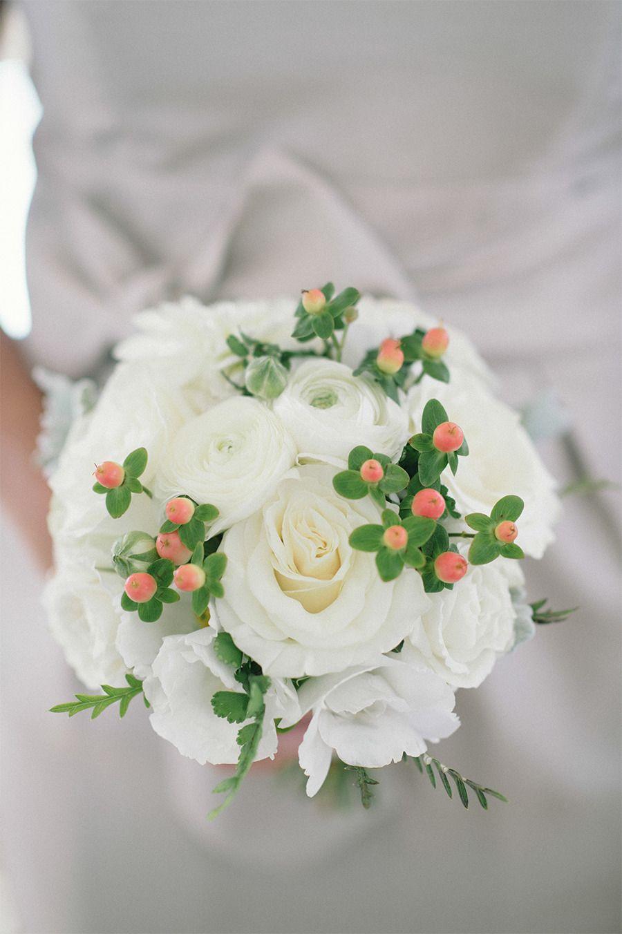 Elegant Newport Estate Wedding  Read more - http://www.stylemepretty.com/2014/02/04/elegant-newport-estate-wedding/