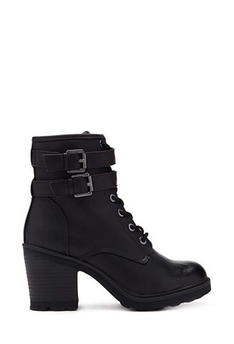 fcfc728a985d5 Lace-Up Combat Boots | FOREVER21 - 2000129934 | style pt.one in 2019 ...