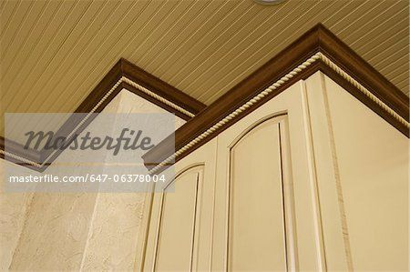 White Cabinet Molding Google Search Staining Cabinets White Wainscoting Wainscoting