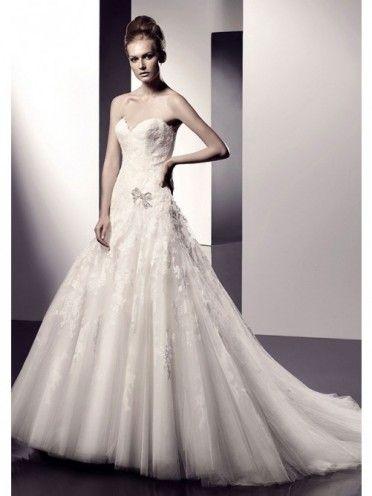 A-Line Strapless Sweetheart Neck Zipper Button Back Tulle Wedding Dresses