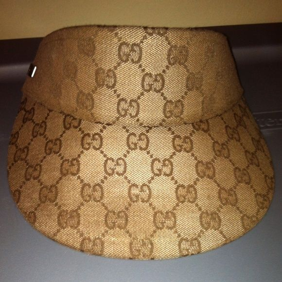 Gucci hat visor Authentic gucci hat 9 10 condition Gucci Other  270159fa108