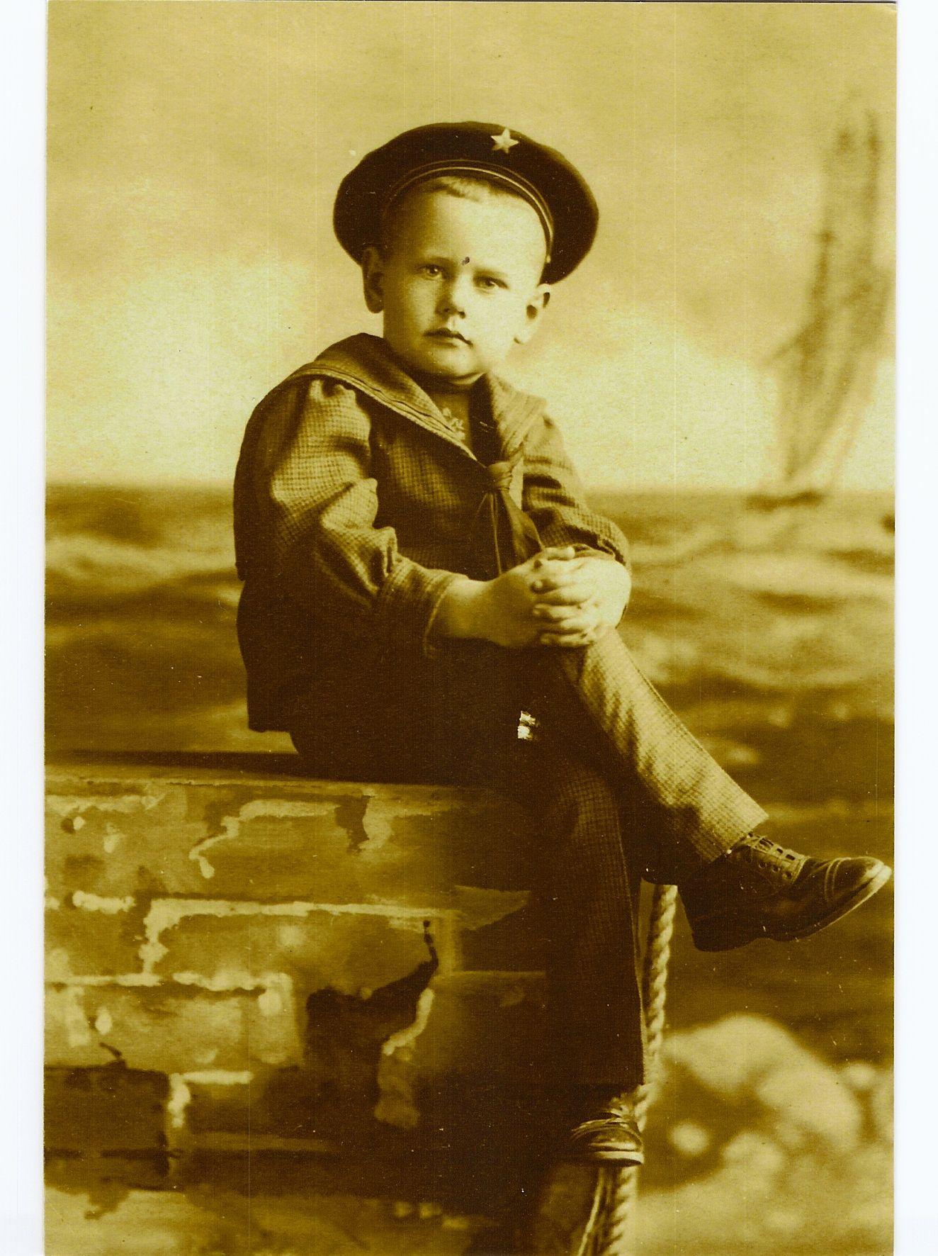 David Bently Bell My 2nd cousin 3x removed Birth 12 Jul 1896 in Los Angeles, Los Angeles, California, United States Death 19 Dec 1976 in Paramount, Los Angeles, California, USA
