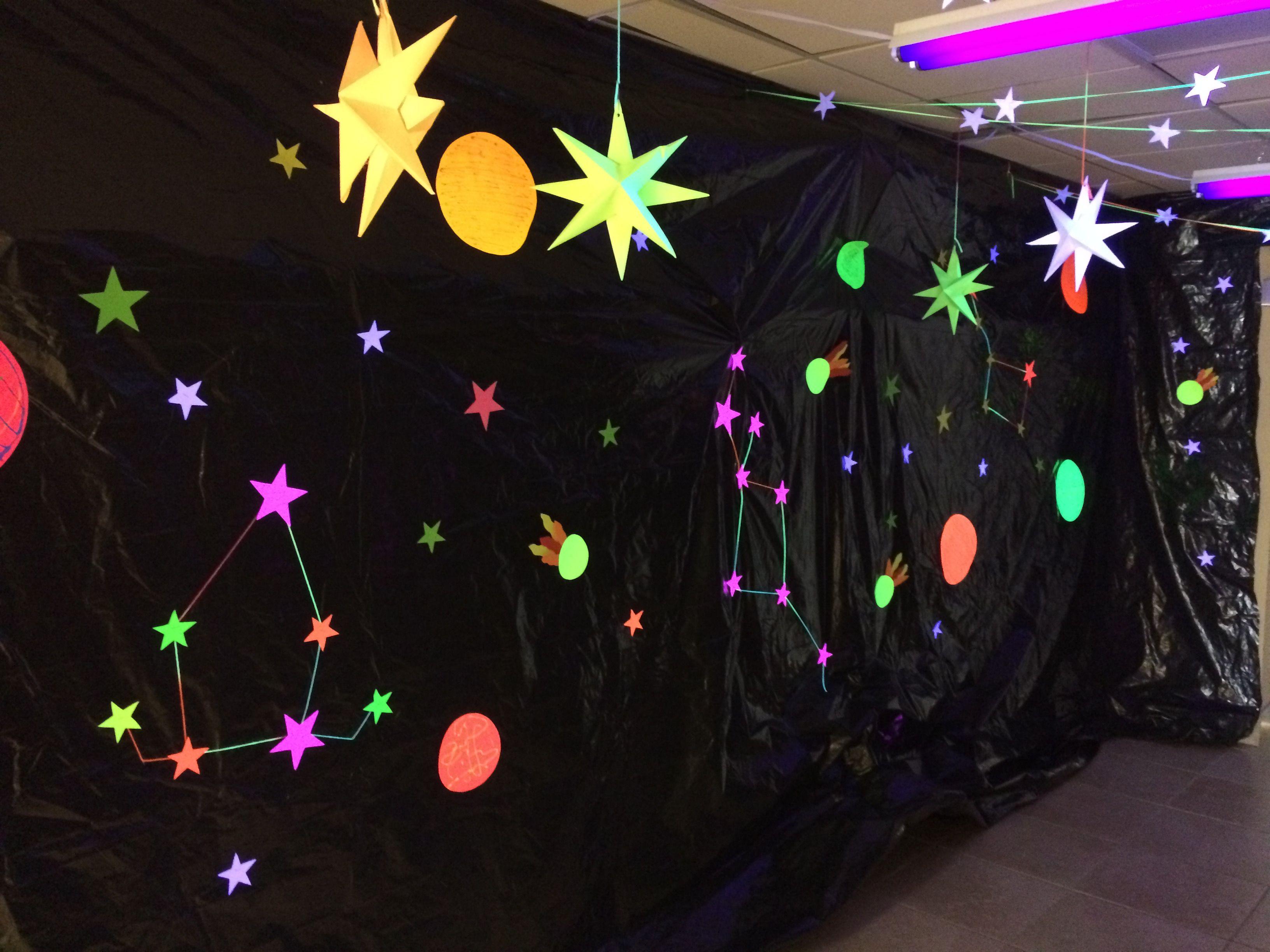 Galactic starveyors vbs 2017 calvary baptist church for Outer space decor