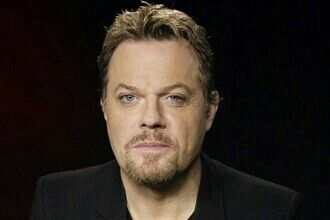 Eddie Izzard (who is not only one of the funniest people on the planet but a talented actor) will be a guest star on Hannibal. He will play a prisoner of some sort. This makes reason number 736 why this show rocks.
