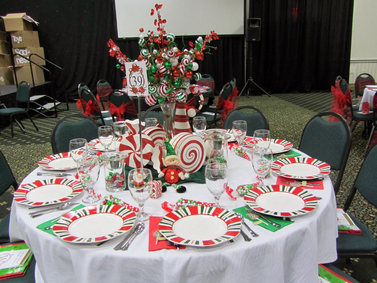 Ladies Christmas Tea 2013 Decorating the Table