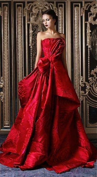 Perfektes Kleid für einen romatischen Abend | Rot anziehen ...