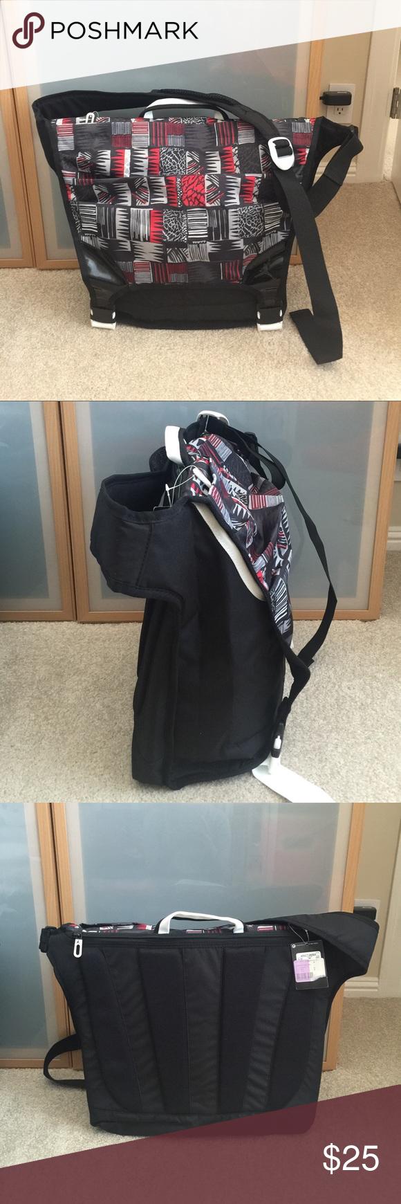 95e6706ab47092 NWT Jordan messenger bag