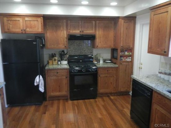1630 Gage Fridge And Stove On Same Wall Kitchen Cabinet Design Kitchen Inspirations Kitchen Renovation